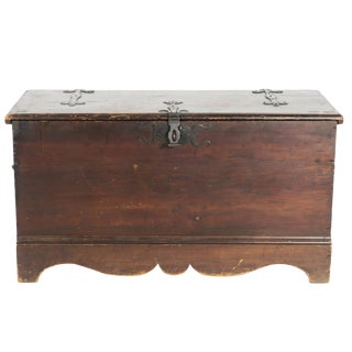 "Mid 19th Century Antique 48"" Pine Blanket Chest For Sale"