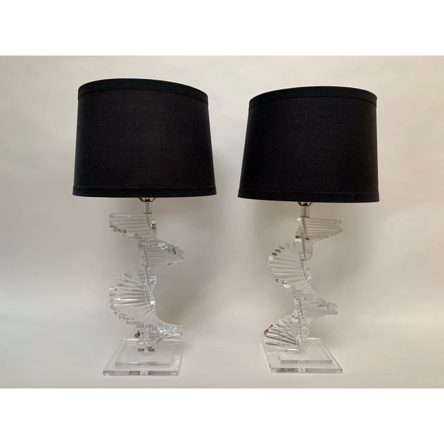 Vintage Stacked Lucite Helix Form Lamps - a Pair For Sale - Image 10 of 11