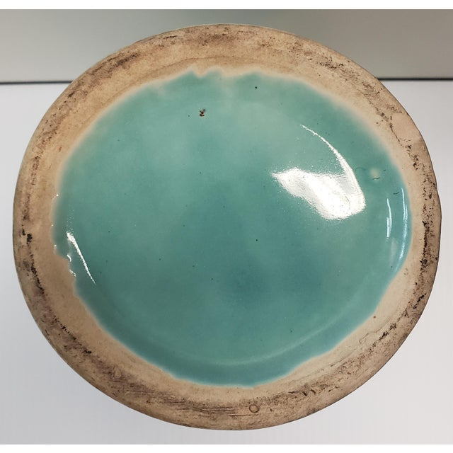 1930's American Art Deco Turquoise Double Handled Vase For Sale In New Orleans - Image 6 of 7
