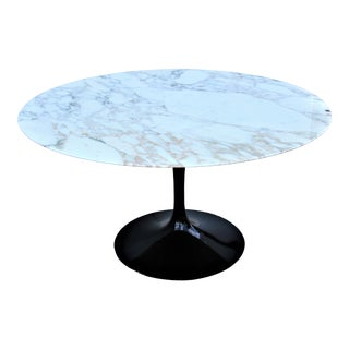 """Mid-Century Modern Eero Saarinen for Knoll 54"""" Round Marble Dining Table 1956 For Sale"""