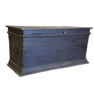 18th Century Rustic Hope Chest Storage Trunk For Sale