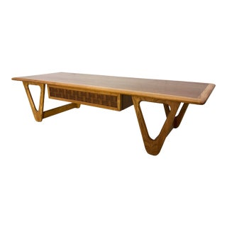 Mid-Century Modern Lane Boomerang Leg Walnut Coffee Table For Sale