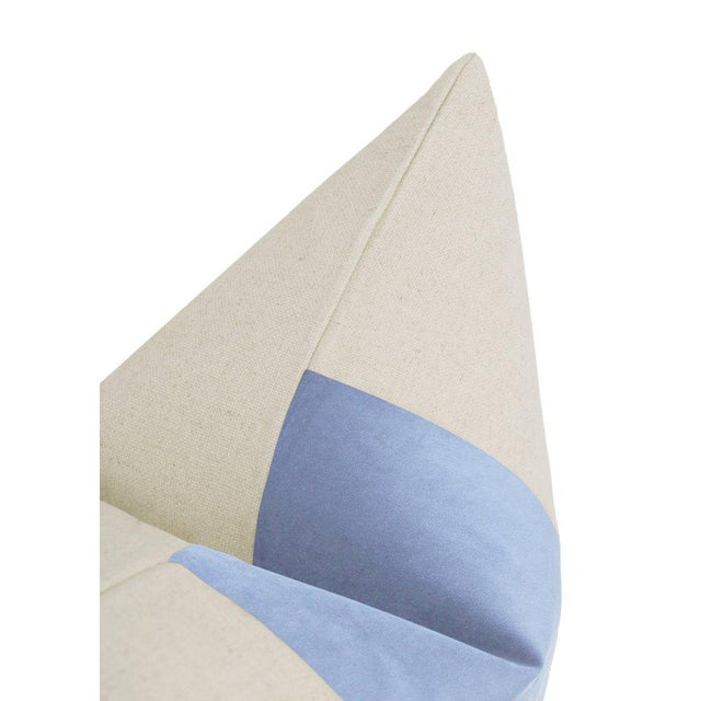 "22"" Powder Blue Velvet Panel & Linen Pillows - a Pair For Sale - Image 4 of 6"