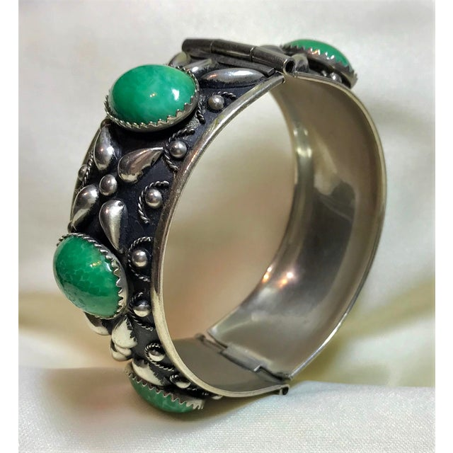 1940 Silver-Plated Green Cabochon Hinged Bangle For Sale - Image 4 of 8