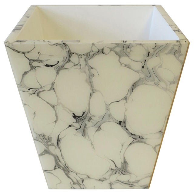 Black and White Marble Style Wastebasket or Trash Can Set For Sale