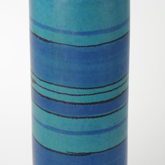 Glidden Gulfstream Vase by Fong Chow - Image 6 of 7