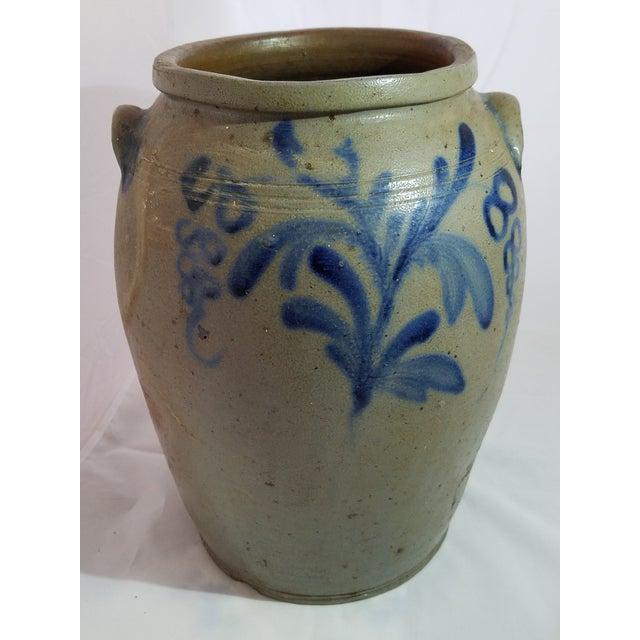 Antique 3 Gallon Stoneware Blue Decorative Glaze Mid-Atlantic Crock For Sale In Baltimore - Image 6 of 6