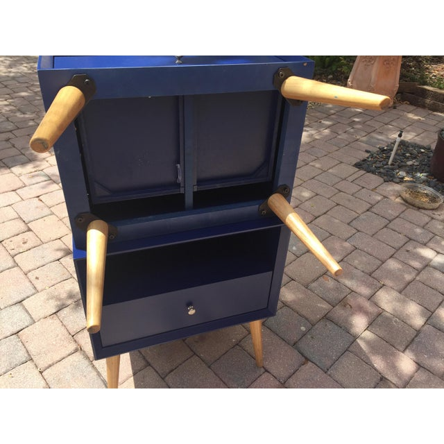 Paint Modern Blue Tapered Leg Nightstands - A Pair For Sale - Image 7 of 8