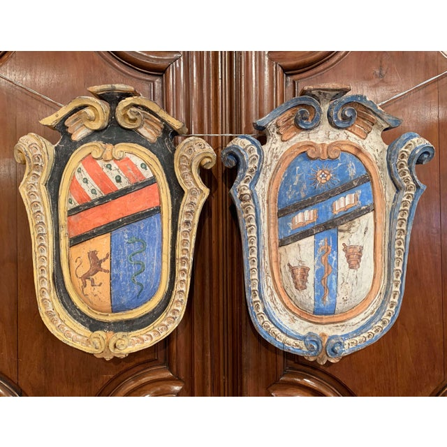 Pair of Early 20th Century French Carved Painted Wall Hanging Shields With Crest For Sale - Image 4 of 11