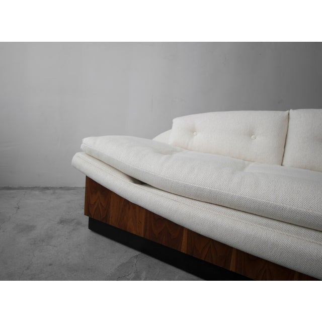 Mid Century Platform Gondola Sofa by Adrian Pearsall For Sale In Las Vegas - Image 6 of 8