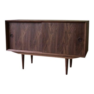 Apartment Sized Mid Century Modern Styled Walnut Credenza Media Stand For Sale