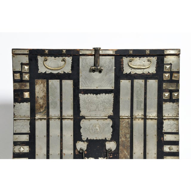 Late 19th Century Korean Wedding Chest For Sale In Chicago - Image 6 of 13