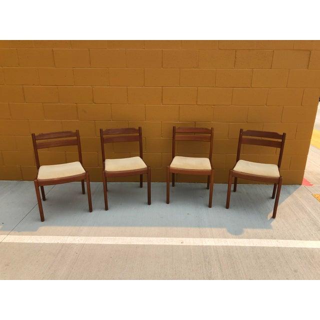 Teak Mid-Century Danish Dyrlund Teak Chairs - Set of 4 For Sale - Image 7 of 7