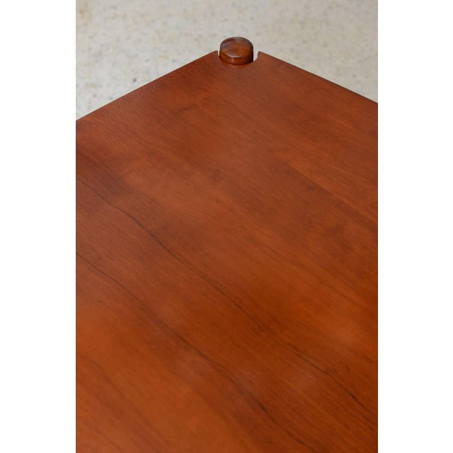 Italian Modern Walnut Game Table by Gio Ponti for Singer & Sons For Sale In Miami - Image 6 of 11