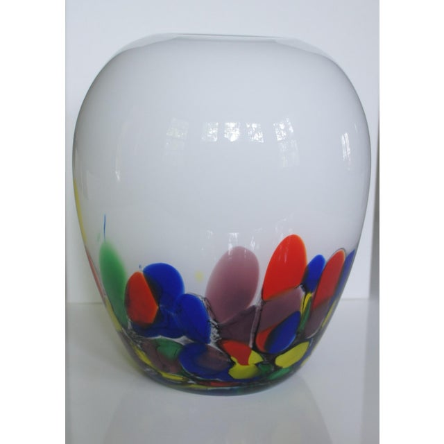 Vintage White & Confetti Pattern Murano Glass Vase For Sale - Image 5 of 8