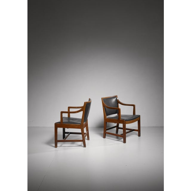 Pair of Kay Fisker attributed Danish armchairs, 1940s/50s For Sale - Image 6 of 7