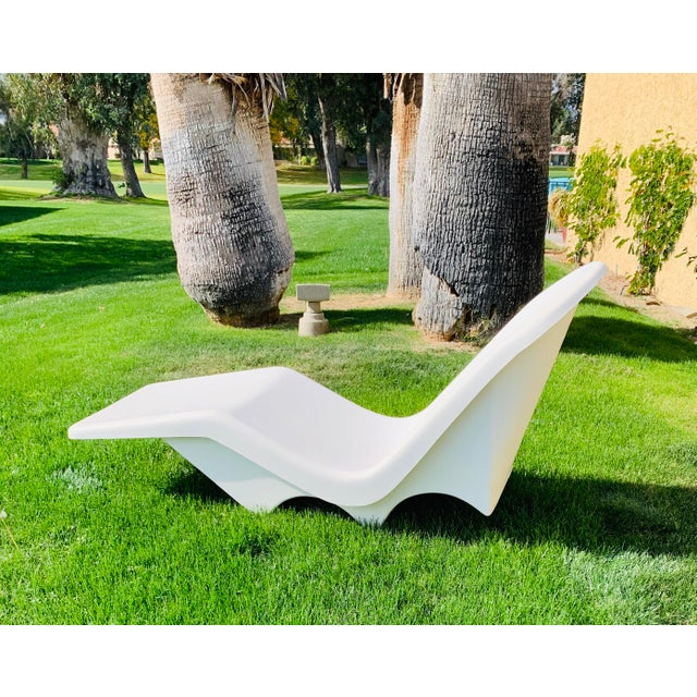 Mid-Century Fibrella Fiberglass Pool Sun Chaise Lounge by Le Barron For Sale - Image 4 of 12