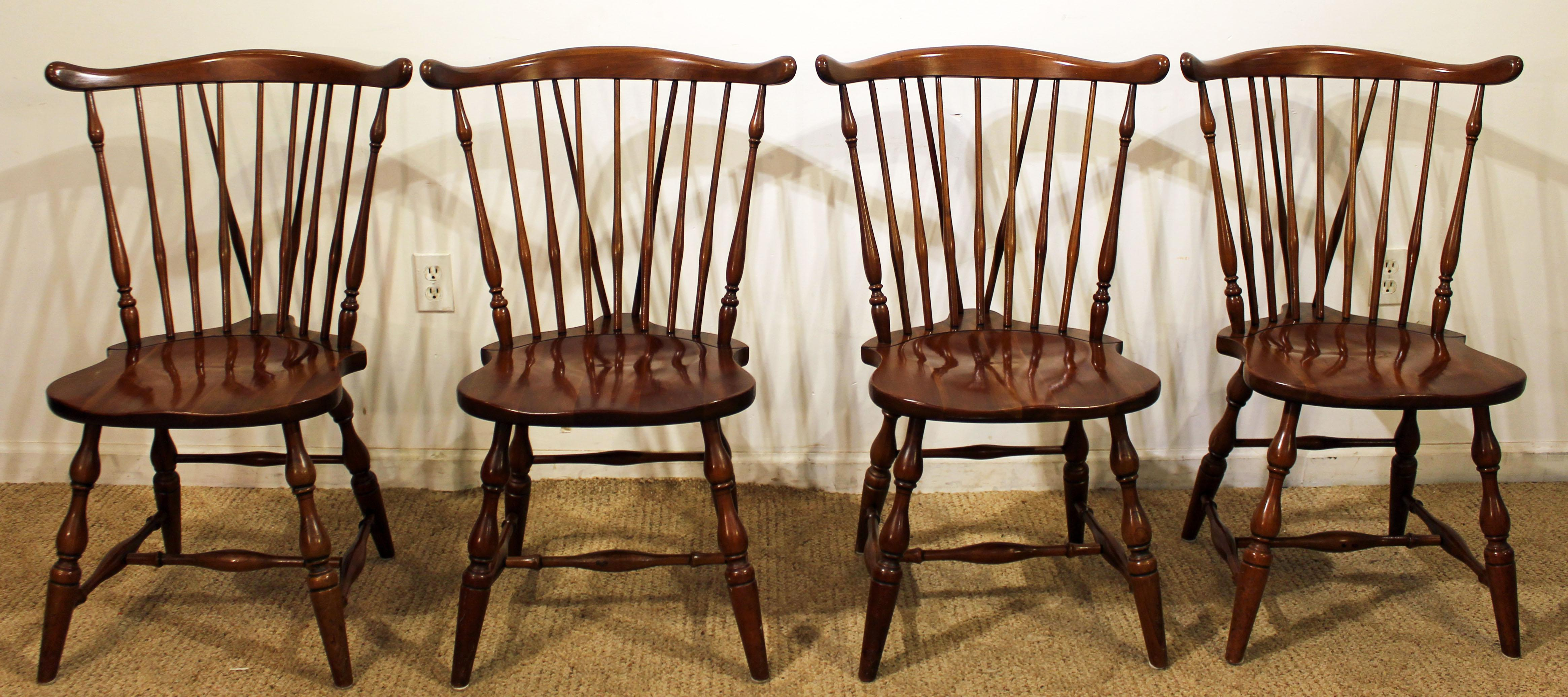 Set Of 4 Pennsylvania House Windsor Brace Back Dining Chairs   Image 3 Of 11
