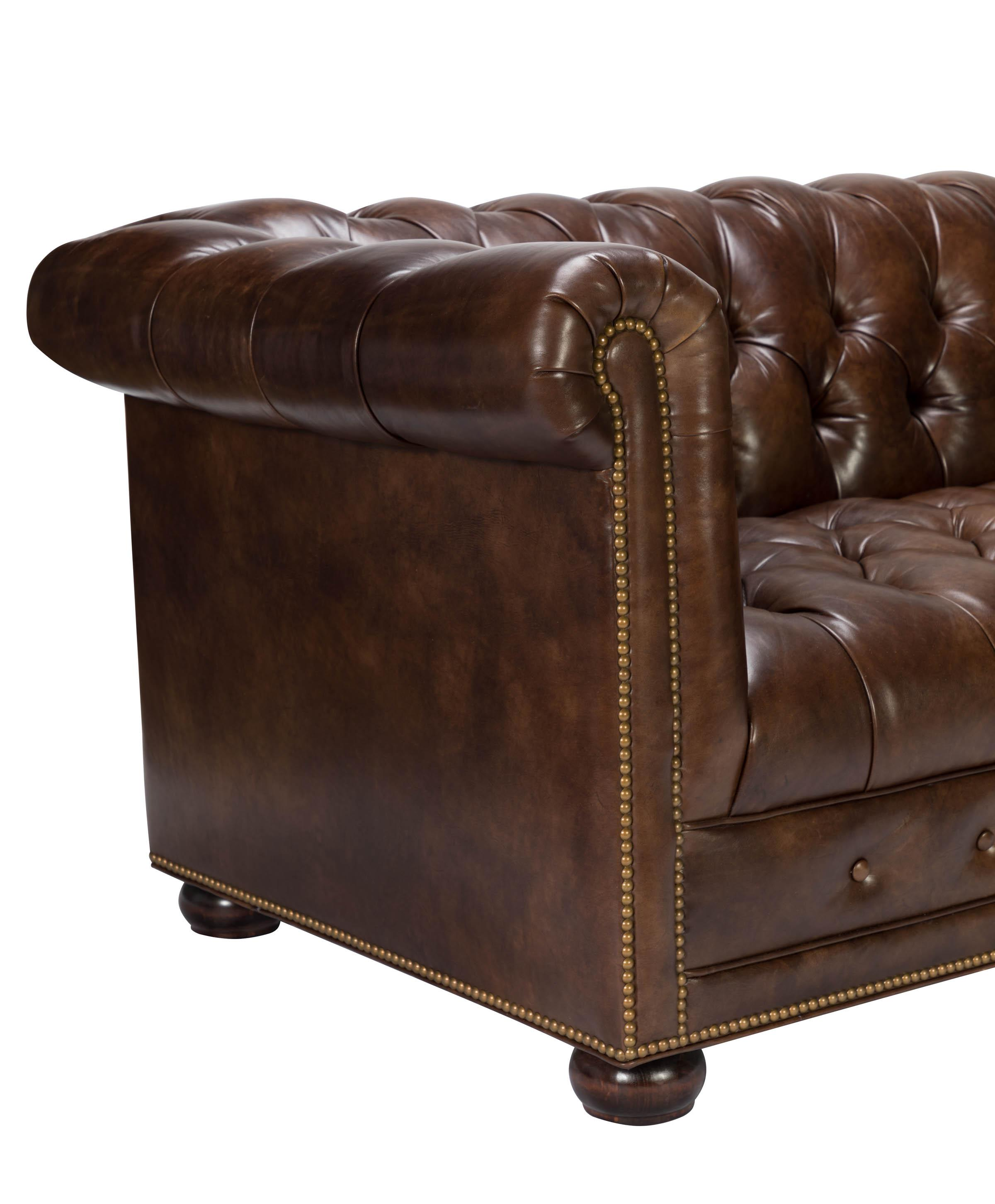Hancock U0026 Moore Kent Chesterfield Leather Sofa   Image 3 ...