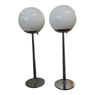Lightolier Glass and Chrome Mid Century Modern Table Lamps - a Pair For Sale
