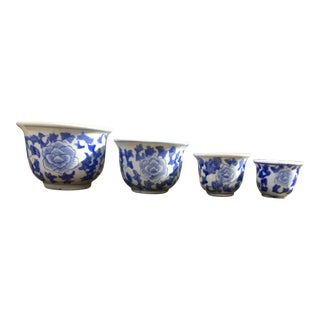 Vintage Chinoiserie Blue and White Stackable Planter Set- 4 Pieces For Sale
