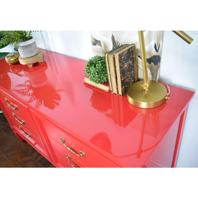 19th Century Thomasville Positive Red High Gloss Lacquer Dresser For Sale In San Francisco - Image 6 of 13