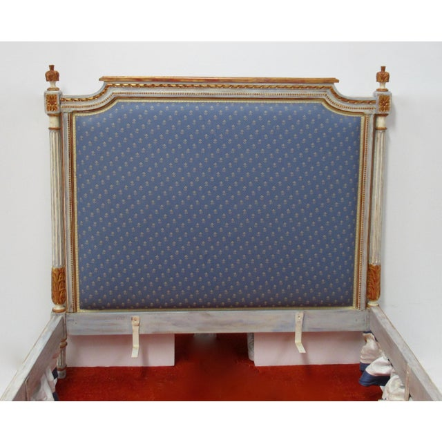 Vintage 19th. Century French Napoleonic Parcel Gilt Painted Full Size Bedframe For Sale In Miami - Image 6 of 13