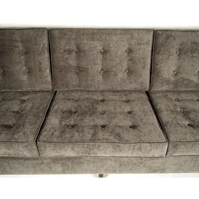 Stylish Mid-Century Modern Three Person Sofa - Image 6 of 7