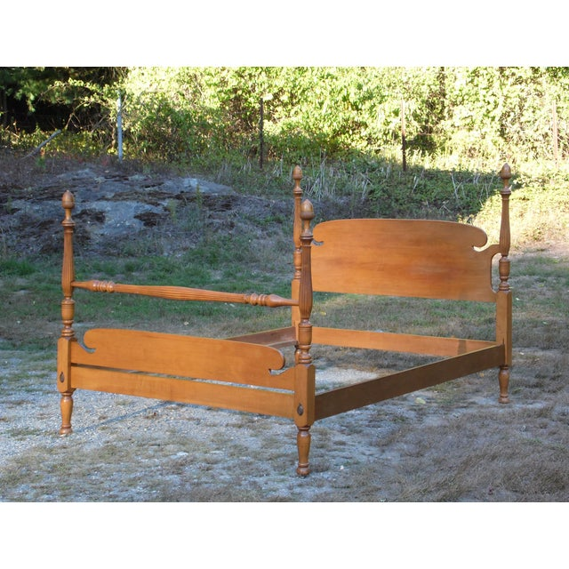 Brown Vintage Ethan Allen Baumritter Early American Maple Full Double Poster Bed For Sale - Image 8 of 12