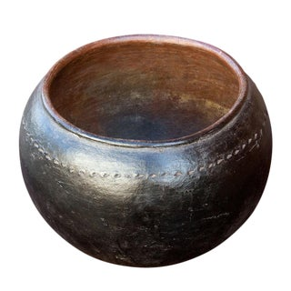 Antique 19th Century Ukhamba Zulu Beer Pot For Sale