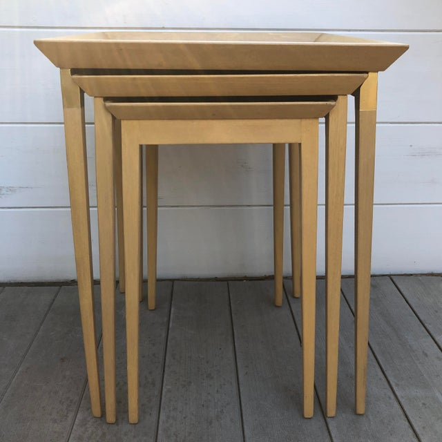 1950s Robsjohn-Gibbings for Widdicomb Stacking Side Tables - Set of 3 For Sale - Image 12 of 12