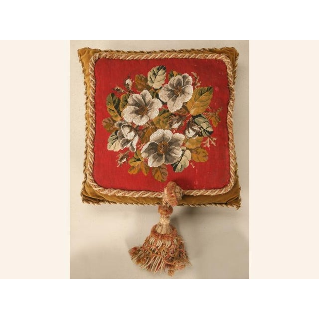 Let the Joys of the Holidays ring all year long with this gorgeous pillow bedecked with all winters beautiful colors come...
