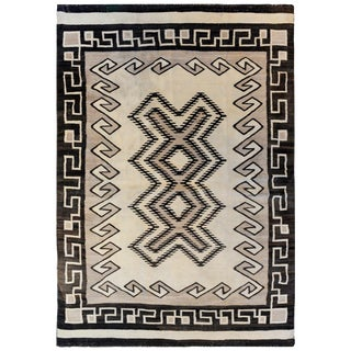 Early 20th Century Navajo Rug For Sale