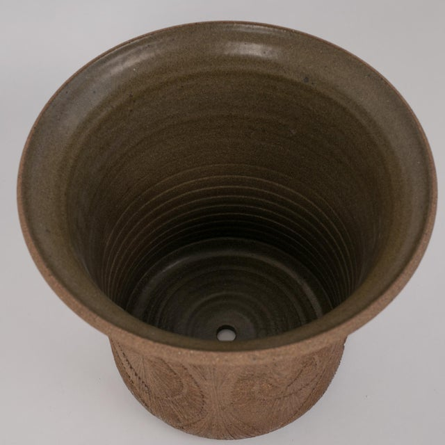 Robert Maxwell Incised Studio Pottery Planter with Flared Lip For Sale - Image 9 of 12