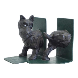 Lifted Leg Scottie Bookends - a Pair For Sale