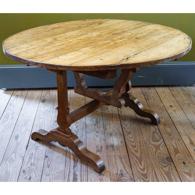 French Tilt-Top Vendage Table For Sale - Image 4 of 6
