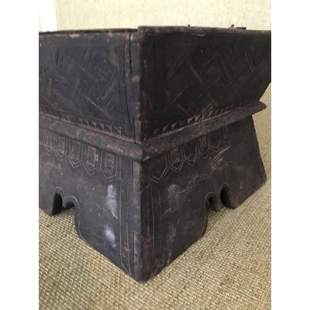 Early 20th Century Traditional Decorated Wood Box For Sale - Image 9 of 11