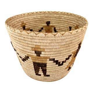 Authentic Vintage Native American Tohono O'Odham Woven Basket For Sale