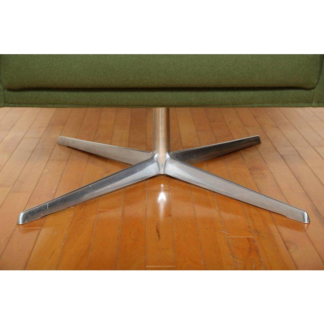 Aluminum Mid-Century Modern Style Swivel Lounge Chair by Verzelloni For Sale - Image 7 of 9