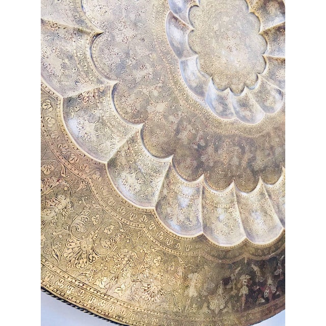 Early 20th Century Monumental Anglo-Indian Brass Hanging Tray Platter For Sale - Image 4 of 13