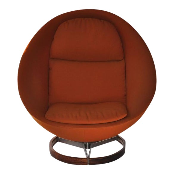 Large-Scale Scandinavian Lounge Chair - Image 1 of 8