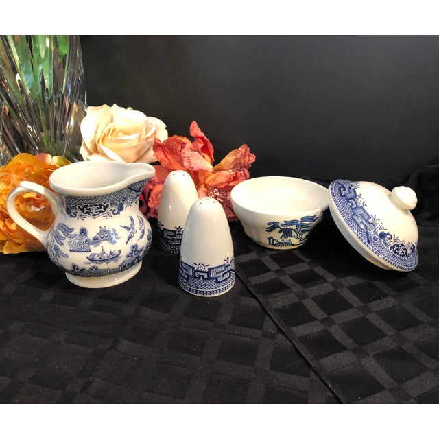 English Traditional Churchill Blue Willow - Blue and White Cream and Sugar Salt and Pepper Set - 4 Pieces For Sale - Image 3 of 7