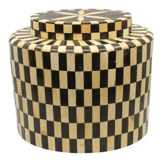 Late 20th Century Inlaid Bone and Horn Checkered Oval Box For Sale