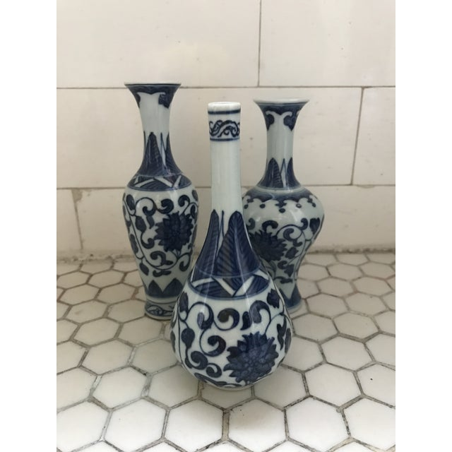 Blue & White Porcelain Vases - Set of 3 For Sale In Los Angeles - Image 6 of 9