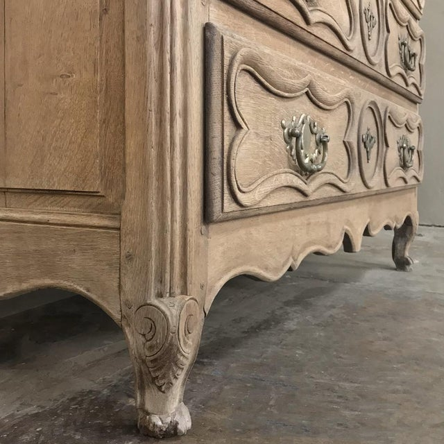 18th Century Country French Stripped Oak Provincial Commode For Sale - Image 9 of 13