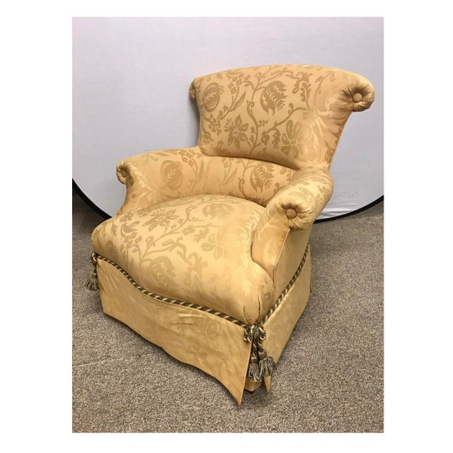 Baker furniture ox back armchair with elegant damask silk/cotton upholstery.