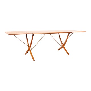 1950s Danish At-304 Dining Table by Hans J. Wegner for Andrea Tuck For Sale