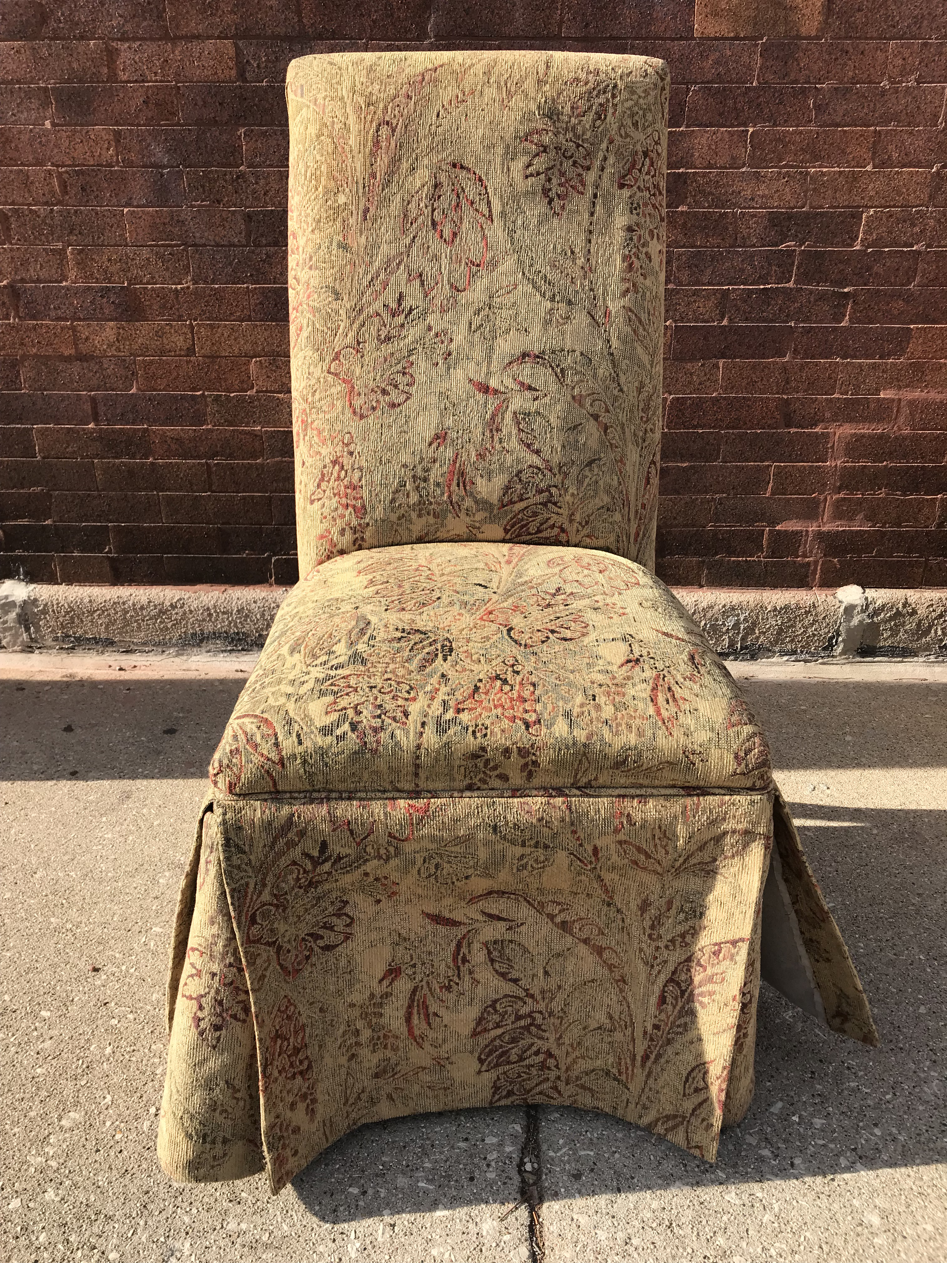 Set Of 6 Tapestry Fabric Skirted Parsons Chairs. Fully Wrapped Legs.  Pleated Button And