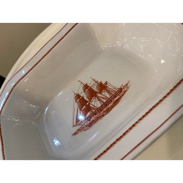 Traditional Wedgewood Flying Cloud Rust Oval Vegetable Bowl For Sale - Image 3 of 7