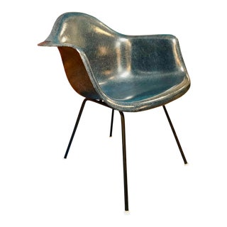 Vintage Eames for Herman Miller Fiberglass Shell Armchair Navy Blue For Sale